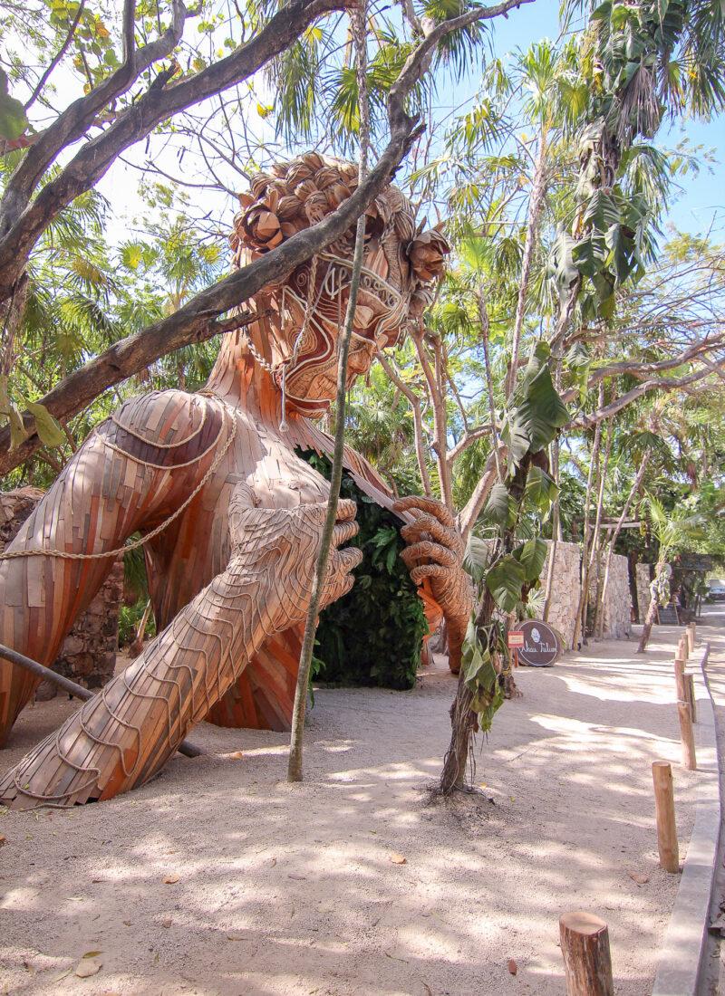 ven a la luz sculpture in tulum mexico