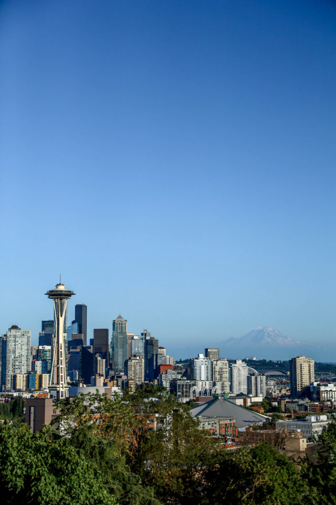 view from kerry park in seattle